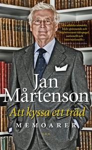 Att kyssa ett träd (e-bok) av Jan Mårtenson