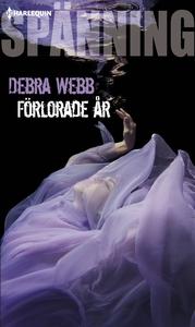 Förlorade år (e-bok) av Debra Webb