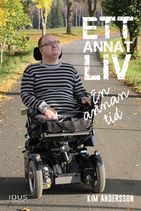 Ett annat liv : en annan tid (e-bok) av Kim And