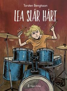 Lea slår hårt (e-bok) av Torsten Bengtsson