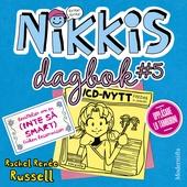 Nikkis dagbok #5: Berättelser om en (INTE SÅ SMART) Fröken Besserwisser