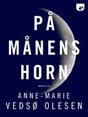 På månens horn