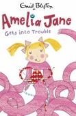 Amelia Jane Gets into Trouble