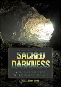 Sacred Darkness (e-bok) av Holley Moyes