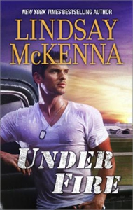 Under Fire (ebok) av Lindsay McKenna