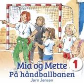 Mia og Mette på håndballbanen