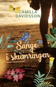Sange i skumringen (e-bog) af Camilla