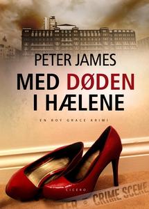 Med døden i hælene (e-bog) af Peter J